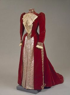 1890s Maria Feodorovna's embroidered dress of velvet, satin, lace, silk and silver thread, metal and glass beads, paste by Worth (Hermitage)
