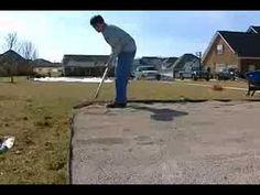 How to Make a DIY putting green in backyard - Im doing this! Putting Green Turf, Home Putting Green, Outdoor Putting Green, Turf Installation, Bermuda Grass, Synthetic Lawn, Golf Green, Backyard Landscaping, Backyard Ideas