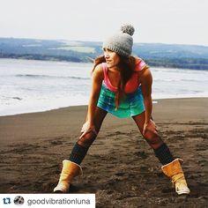 @goodvibrationluna @litrelibre La verdadera conexión no conoce distancia porque fluye a través del viento... ✨ #oceanlove #love #weekend #truelove #goodvibration #litre  photo by @tiendalitre