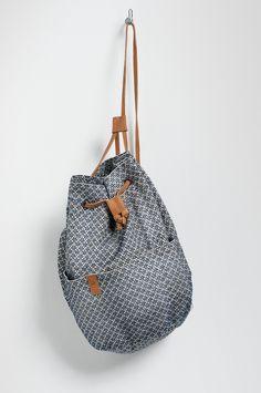 ballon carpet bag
