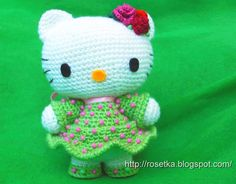 crocheted hello kitty toy pattern