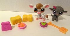 Littlest Pet Shop Lot Petting Zoo Pets Accessories Cow Sheep Hay Carrots Food #Hasbro