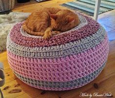 Crochet Pet Pouf Bed | The WHOot