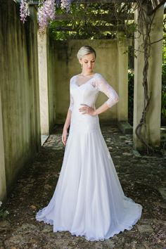 Robyn Roberts Studio offers a unique experience to brides looking for the perfect wedding gown. If you are looking for a dress ready to wear, a custom design or Perfect Wedding, Diy Wedding, Wedding Gowns, Chantilly Lace, Chiffon Dress, All Things, One Shoulder Wedding Dress, Ready To Wear, Bride