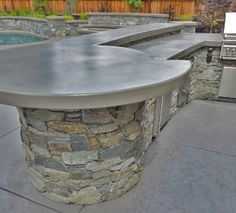 Montana Natural Stone Design, Rounded Seating Bar