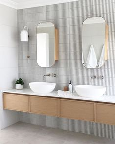 Home Interior Wood Super slim shaker cabinet.Home Interior Wood Super slim shaker cabinet Laundry In Bathroom, Bathroom Faucets, Small Bathroom, Master Bathroom, Washroom, Bathroom Wall, Bathroom Lighting, Minimal Bathroom, Modern Bathroom Design