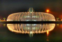 santiago calatrava's florida polytechnic university opens