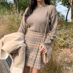 Dressy Fall Outfits, Summer Dress Outfits, Dope Outfits, Casual Dresses, Casual Chic Style, Preppy Style, Preppy Casual, Aesthetic Fashion, Aesthetic Clothes