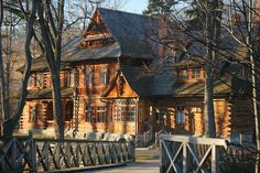 Cute wooden house in Zakopane, Lesser Poland, Poland. Great Places, Places To See, Paradise Places, Visit Poland, Dream Properties, The Beautiful Country, Wooden House, Central Europe, What A Wonderful World