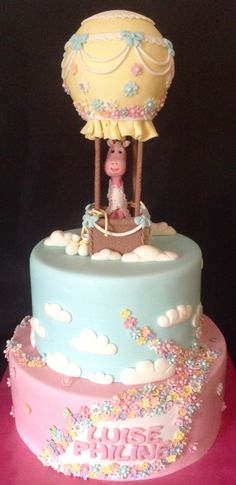 Die kleine Luise wurde heute getauft und ich durfte die Torte dafür machen. Ihre Mama hatte sich eine Torte mit zwei Etagen, einem Heißluftballon und eine Giraffe gewünscht. Desserts, Food, Work Shop Garage, Tailgate Desserts, Deserts, Essen, Postres, Meals, Dessert