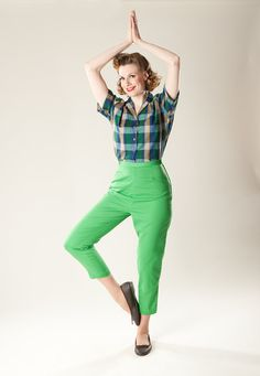 Fashion That Pisses Me Off: Capri Pants Green Pants, Green Dress, Sailing Outfit, Twill Pants, Cotton Blouses, Green Cotton, Men Looks, A Line Skirts, Cool T Shirts