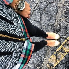 IG @mrscasual <click through to shop this look> herringbone vest. Rock salt plaid. Glitter flats. Black skinny jeans.