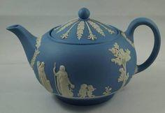 Wedgwood Blue Jasper Large Classical Teapot Tea Pot Glazed Interior Dated 1971