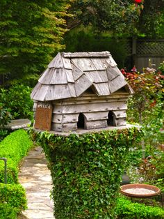 ~ Shingled Roof Birdhouse ~ What a great idea for an old stump....