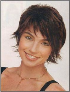 best-short-hairstyles-for-fine-wavy-hair.jpg (385×510)