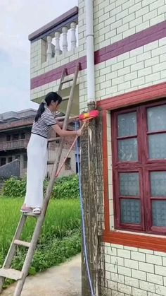 Above Ground Garden, Civil Engineering Design, House Ceiling Design, Small House Floor Plans, Gym Workout For Beginners, Disney World Tips And Tricks, Ceramic Wall Tiles, Cool Inventions, Window Cleaner
