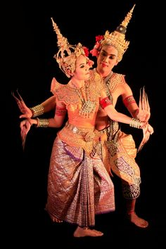 traditional thai khon dance