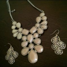 EARRINGS ONLY!! Necklace is not part of this listing. Earrings are gold color. Very lightweight. Jewelry Earrings
