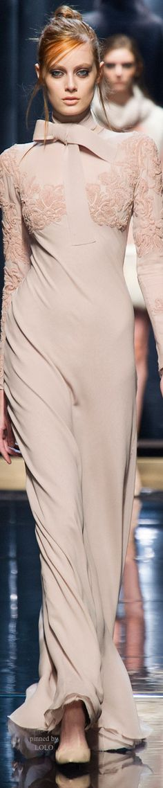 Fall 2014 Ready-To-Wear featuring Ermanno Scervino Runway Fashion, High Fashion, Womens Fashion, Fashion Trends, Tout Rose, Vogue, Ermanno Scervino, Color Rosa, Glamour