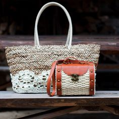 Romantic straw bag with lace and sweet straw bag in african style. Spring-summer 2016. #strawbag Szaleo.pl | Be new fashioned & accessorized!