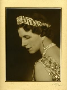 Elena/Helen was declared 'Queen Mother of Romania' in 1927 after her husband renounced the throne and her son, Michael ascended the throne under the regency of his uncle, Prince Nicholas. Royal Tiaras, Royal Jewels, Tiaras And Crowns, Romanian Royal Family, Greek Royal Family, Grand Duchess Olga, Queen Mother, Royal House, Kaiser