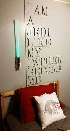 Star Wars craft ideas, Star Wars recipes and Star Wars gift ideas. This is perfect for all of the loyal and Star Wars fanatics in your life. Decoration Star Wars, Star Wars Room Decor, Star Wars Nursery, Star Wars Bedroom, Boy Star Wars Room, Trendy Bedroom, Kids Bedroom, Bedroom Ideas, Bedroom Bunting