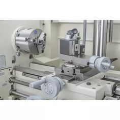 """12"""" X 36"""" Combination Gunsmithing Lathe/Mill at Grizzly.com Led Work Light, Work Lights, Horizontal Milling Machine, Metal Work Bench, Little Boy Photography, Cast Iron, It Cast, Metal Bending Tools, Industrial Machine"""