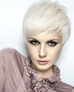 Royston Blythe - short blonde Female straight coloured white Womens haircut very-short hair styles. The Unplugged Collection, Hair: Ashley James Gamble for Royston Blythe, Photography: Ragdolls, Make-up: Justine Collins. Short Blonde Haircuts, Cool Short Hairstyles, Spring Hairstyles, Hairstyles Haircuts, Blonde Hairstyles, Hairstyles Videos, Pixie Haircuts, Layered Hairstyle, Haircut Short