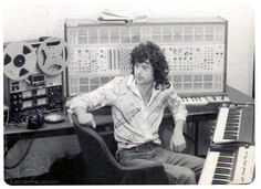 Jimmy Page - such a master in the studio as well. Astounding producer.