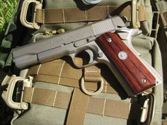 Colt Custom Combat 10