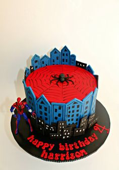 Spiderman Cake Ideas for Little Super Heroes - Novelty Birthday Cakes Spiderman Cake Topper, Spiderman Birthday Cake, Batman Cakes, Superhero Cake, Novelty Birthday Cakes, Novelty Cakes, Slab Cake, Cakes For Boys, Cute Cakes