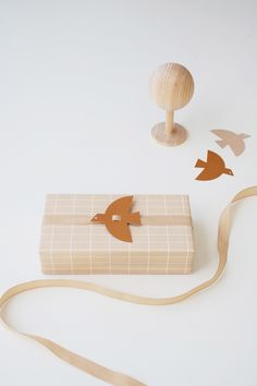These graphic flying birds will instantly put you in a summer mood! Use them as gift decoration, wall ornament or summer party accessory… One contains Communion, Wrapping Paper Design, Minimalist Christmas, Wall Ornaments, Paper Tape, Christmas Wrapping, Paper Gifts, Decoration, Packaging Design