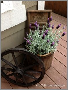 DIY Tons Of Farmhouse Porch Spring And Summer Update Ideas !