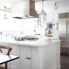 Close Up Of Kitchen Counter Lg Viatera Cortina Quartz That