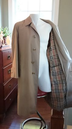 Vintage Burberry Men's Trench Coat/ 1980's by RiverwoodCottage