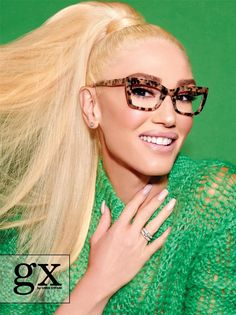 Gwen Stefani tells The Hollywood Reporter about her design aesthetic, favorite new sunglasses collection and shocking hair shades. Clip On Sunglasses, Sunglasses Women, Vintage Sunglasses, Womens Fashion Online, Latest Fashion For Women, Gwen Stefani Style, Womens Glasses Frames, Cute Glasses, Glasses Style