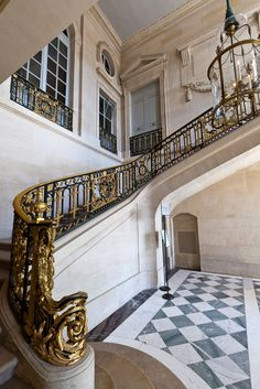 Versailles, Petit Trianon by freda Beautiful Architecture, Interior Architecture, Interior And Exterior, Chateau Versailles, Palace Of Versailles, Marie Antoinette, French Castles, Marquise, Louis Xiv