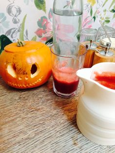 Halloween blood juice mwah ha ha ha. Ok so I know I eat and drink all kinds of crazy concoctions but fear not, this blood red juice is Beetroot, celery, apple and carrot. Great detox recipe and tastes SCARILY good! Happy healthy Halloween