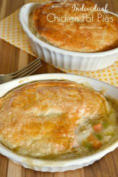 There's nothing more comforting than this chicken pot pie recipe for two. This simple yet delicious recipe can easily be doubled or tripled for more people. Mug Recipes, Cooking Recipes, Cooking Tips, Healthy Recipes, Cheap Recipes, Cheap Meals, Cooking Quotes, Cooking Bacon, Easy Cooking