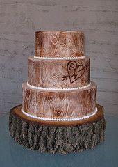 woodsy wedding cake full view