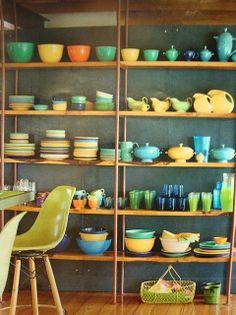 Love the vintage #Fiestware display