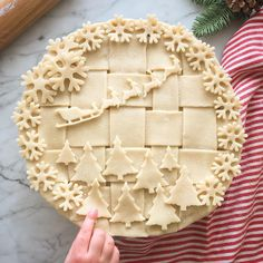 His Reindeer - List of Christmas Pie Crust Design IdeasSanta amp; His Reindeer - List of Christmas Pie Crust Design Ideas Christmas Sweets, Christmas Cooking, Holiday Baking, Christmas Desserts, Holiday Treats, Holiday Recipes, Christmas Pies, Xmas, Holiday Pies