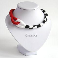 Häkeln Halskette der Avantgarde von GorannaBeads auf Etsy
