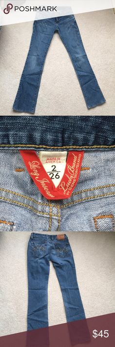 Merry Lola bootcut lucky jeans Medium wash lucky jeans, very comfy and hug curves nicely. Worn only a handful of times Lucky Brand Jeans Boot Cut