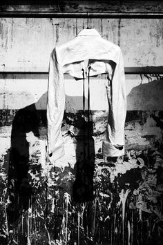 CROPPED JACKET / BOLERO BEHIND-THE-SCENES ANN DEMEULEMEESTER S/S 2012 COLLECTION AT MICHELE MONTAGNE