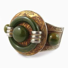 French Art Deco  bakelite and etched metal bangle c. 1930'sFr
