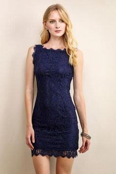 Mini V-Back Cocktail Lace Dress
