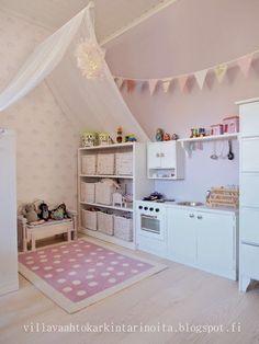Villa Vaahtokarkin tarinoita: Minikeittiö / A Little Kitchen