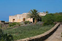 #luxuryvillasicily  Dammuso Villa in Pantelleria Island