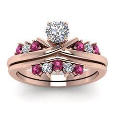 Imagem via We Heart It https://weheartit.com/entry/163626474 #weddingset #pinksapphire #diamondweddingset